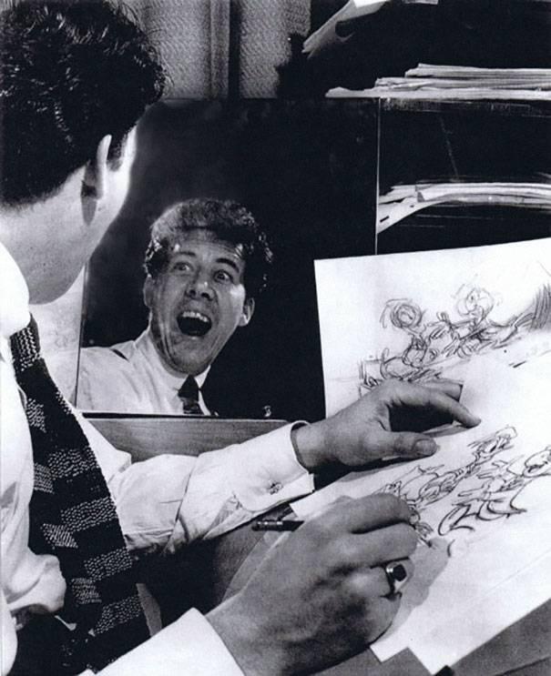 quand-les-dessinateurs-dhier-prenaient-la-pose-pour-leurs-personnages