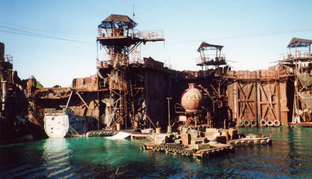 les-etes-pourris-de-la-pop-culture-le-naufrage-waterworld