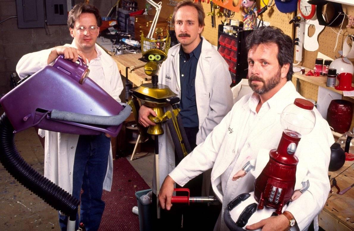 mystery-science-theater-3000-dans-lespace-personne-ne-les-entend-se-moquer