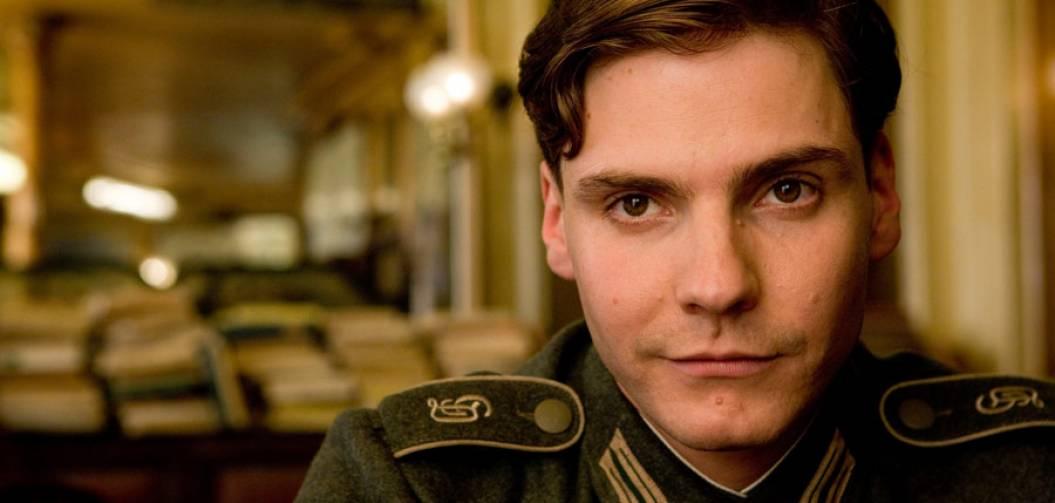 Daniel Brühl nous parle de Civil War, Baron Zemo et Tarantino